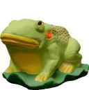 Frog on Leaf  Statue